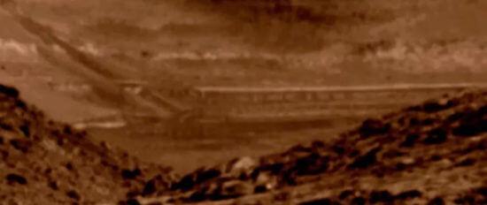 Улучшенное изображение марсианских строений