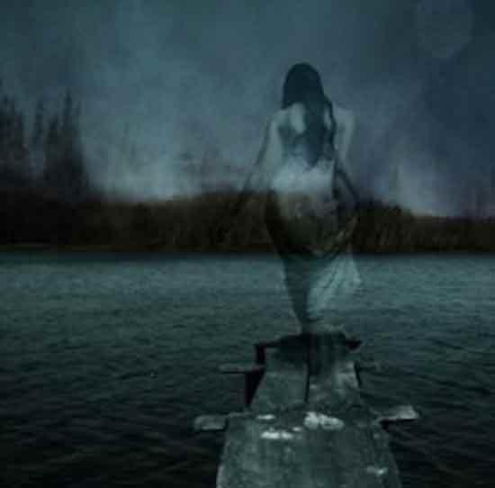 озеро Ланье, мертвые купаются в свете Луны