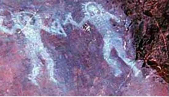 представители инопланетной цивилизации на стене итальянской пещеры