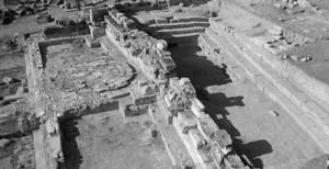 руины входа в Царство Плутона в Памуккале