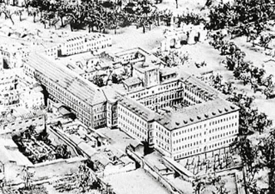 Атакованный призраками Hospital General, 1820 год