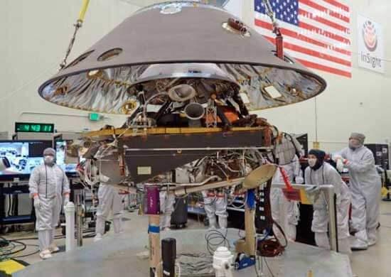 Робот изучит строение Марса