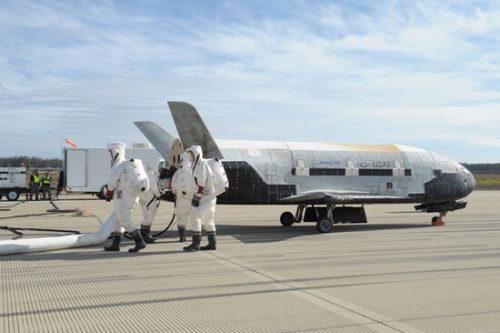 Космический корабль X-37B тестирует современные материалы