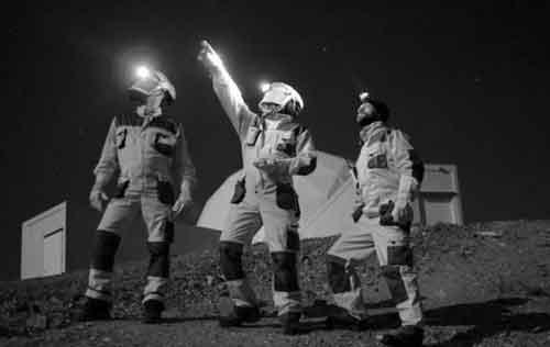 космонавты во время первой миссии в Лаборатории MARS, фото Mariusz Słonina